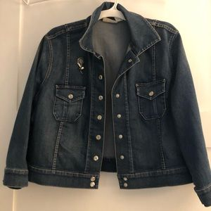 CHICOS cropped jean jacket size 3  Xl